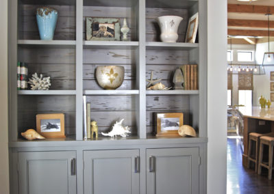 "Custom built-in with pecky cypress back<br/><span class=""gallery-courtesy"">Courtesy Northshore Millwork</span>"
